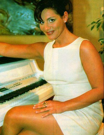 Stefania Cuneo a Sabato 4 Rete 4 con Patrizia Rossetti