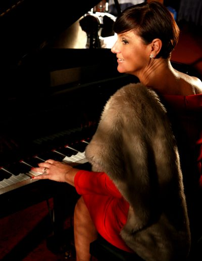 Stefania Cuneo | Voice and piano